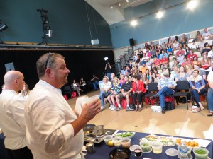 Chef Robert, Huge Space, Audience